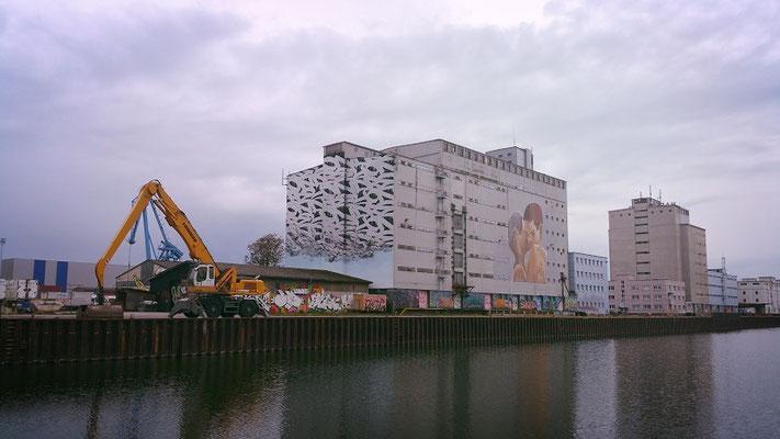 Mural Harbor  Linz art apartment Linz 20 min Fußweg