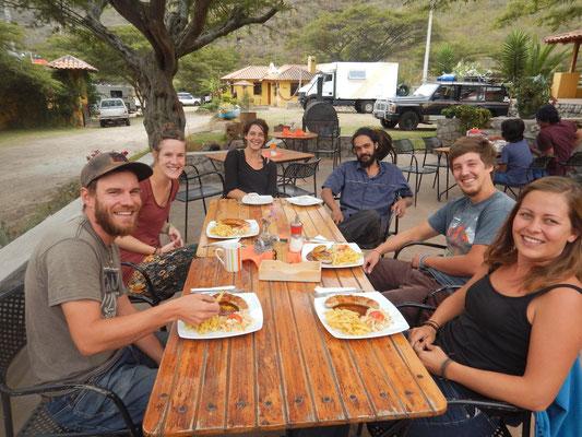 mit Verena, Chloe, Jeff und Matze im Café Sommerwind
