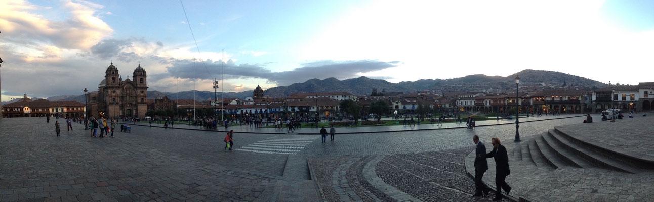 Hauptplaza von Cusco, der wohl schönsten Stadt Südamerikas