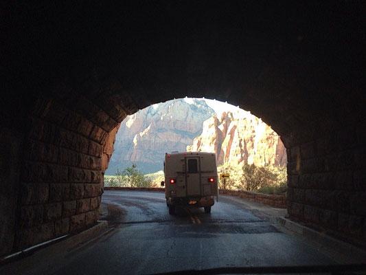 Hägar im Tunnel