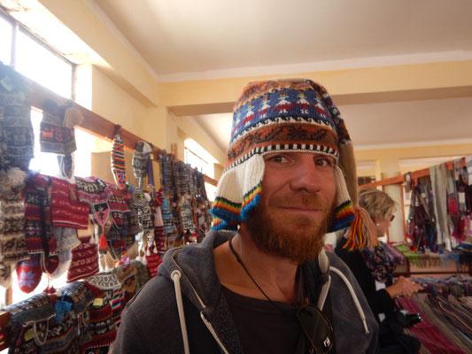 auch Kappen mit Vorhang gibt es im Angebot;-)