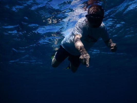 genau, unter Wasser kann man nicht sprechen:-)
