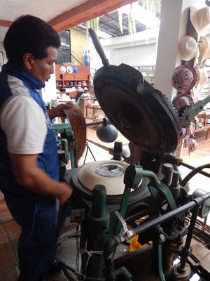 Herstellung eines Panamahutes