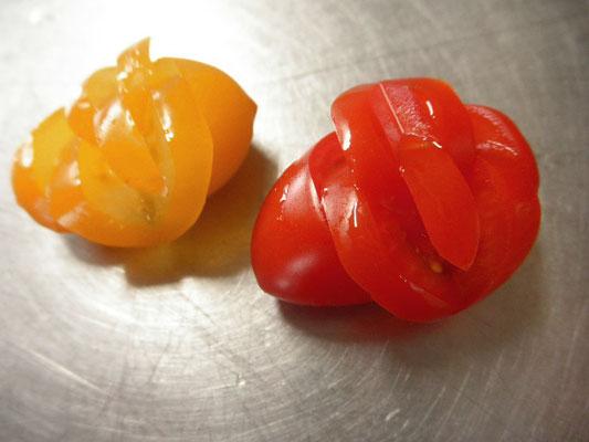#飾り切り #ミニトマトを使用 #料理の添えに