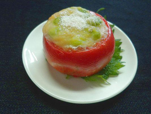 #トマトのホワイトソース焼き