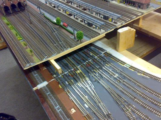 Der Bahnhof wurde wieder zusammen gefügt ...