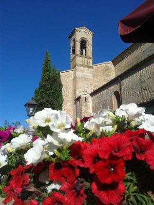 Esterno S. Maria di Chiaravalle di Fiastra