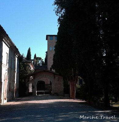Cantina Sant'Isidoro, Corridonia. Residenza d'epoca
