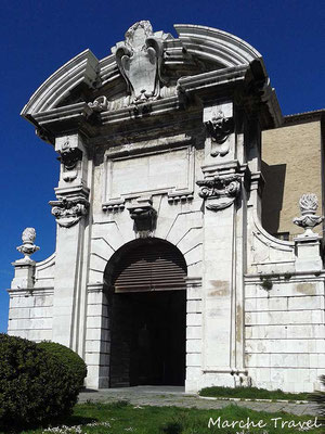 Ancona, Porta Pia