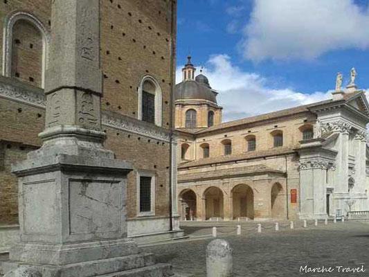 Urbino, Palazzo Ducale, Piazza del Duca