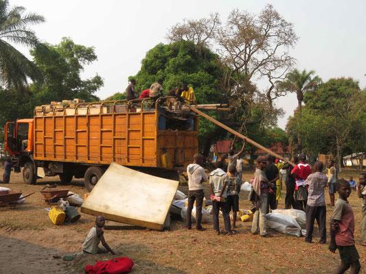 Lastwagen beim Entladen
