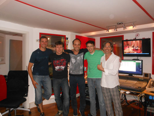 Im Magic Mango Music Studio, mit Christian Georg und Stephan Ebn.