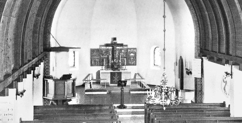 Foto aus der Festschrift zum 100jährigen Bestehen der St. Lukas-Kirche im Jahr 1993