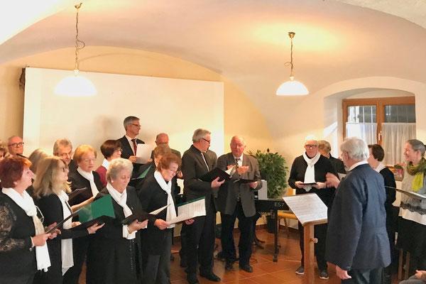 Der Kirchenchor umrahmte den Empfang musikalisch