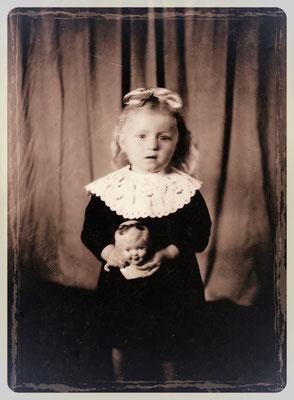 Ich im Alter von vier Jahren