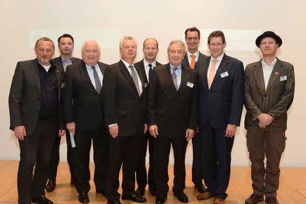 Von links nach rechts: Priggen, MdL; Hübner, MdL; Bürgermeister Conzen; stellv. Generalkonsul Niederlande van Beuningen; Busshuven; Klein; Wüst, MdL; Brockes, MdL; Olejak, MdL