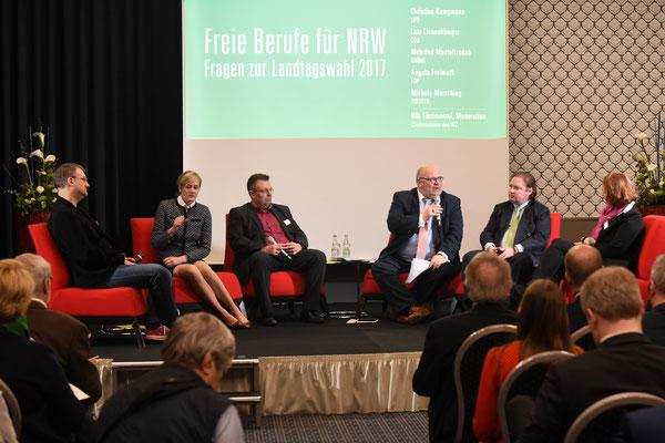 Teilnehmer der Podiumsdiskussion (Foto: Rolf Purpar, Agentur Pur)