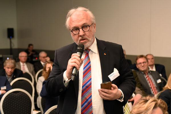 Henke, MdB, Präsident der Ärztekammer Nordrhein (Foto: Rolf Purpar, Agentur Pur)