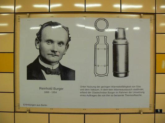 """Bild: Reinhold Burger -U-Bahn-Station """"Weberwiese"""" der Erfinderbahnhof"""