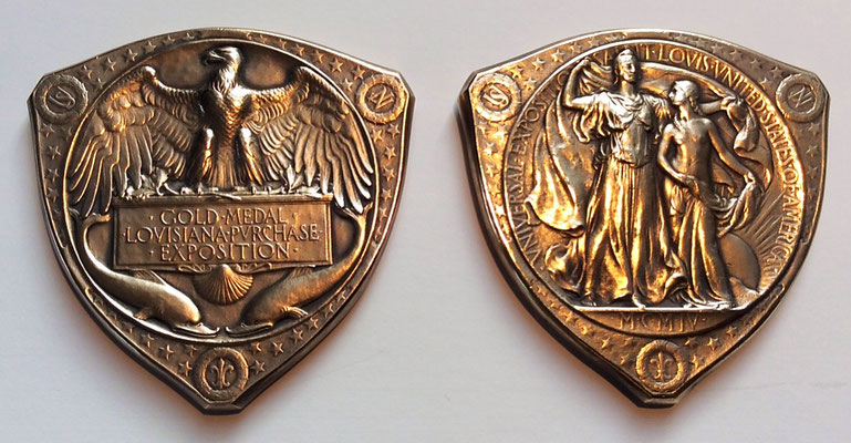 Bild: Goldmedaille zur Weltausstellung St. Louis 1904 für seine Vakuumgefäße und Röntgenröhren