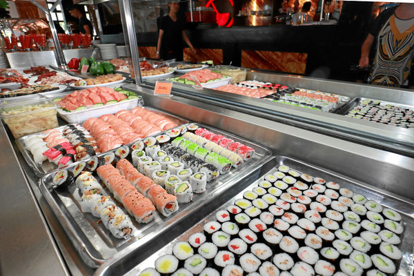 Asiatisches Buffet All You Can Eat Sushi