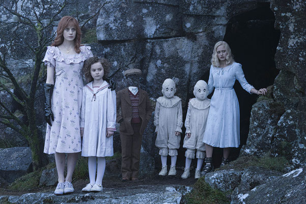 Miss Peregrine Et Les Enfants Particuliers de Tim Burton - 2016 / Fantastique