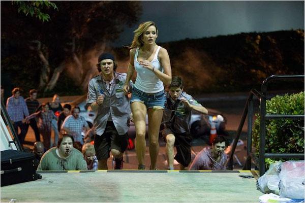 Manuel De Survie à l'Apocalypse Zombie de Christopher Landon - 2015 / Comédie - Horreur