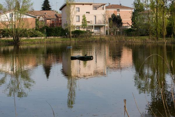 Kleiner See im Stadtpark von Correggio