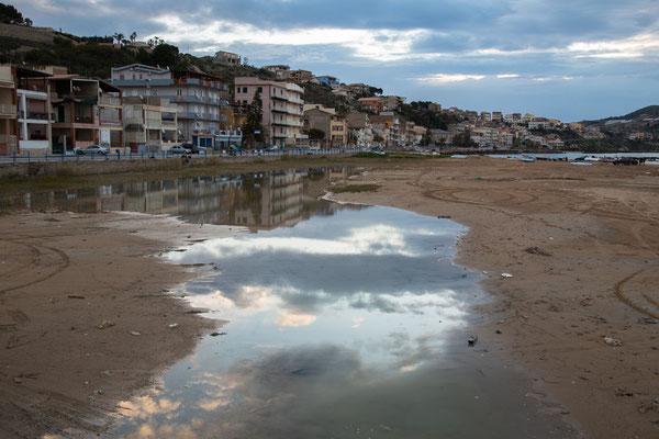 Morgenstimmung im Hafen von Marina di Palma