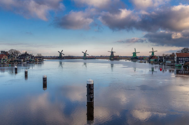 Zaanse Schans reflections