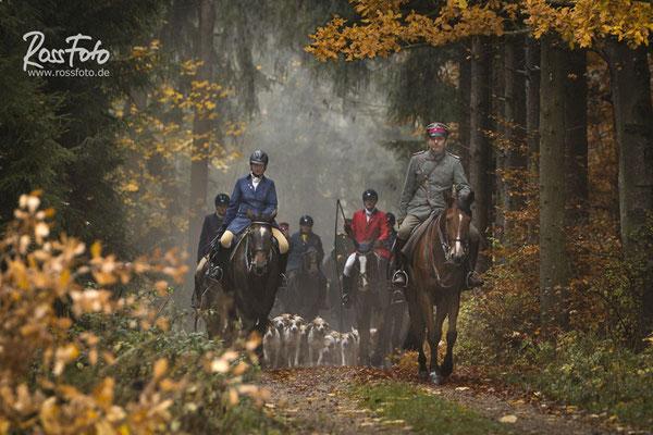 RossFoto Dana Krimmling, Schleppjagd Deutscher Kavallerieverband , Pferdefotografie, Jagdreiten