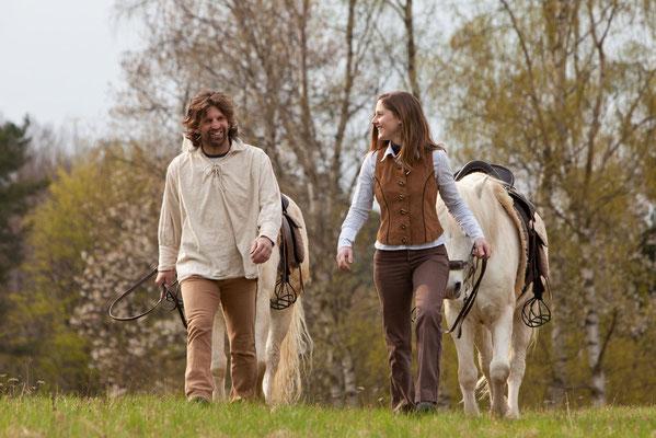 RossFoto Dana Krimmling Pferdefotografie Fotografien vom Wanderreiten Reiten im Frühling