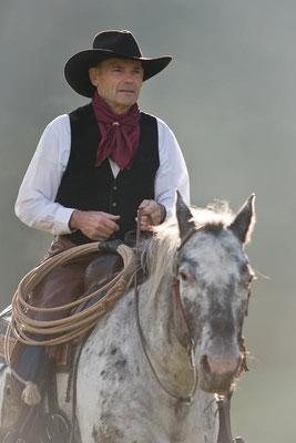 RossFoto Dana Krimmling Pferdefotografie Fotografien vom Wanderreiten Freizeitreiten Quarter Horses Gerhard Kissel Westernreiten Viehtrieb Westernladen Dahn