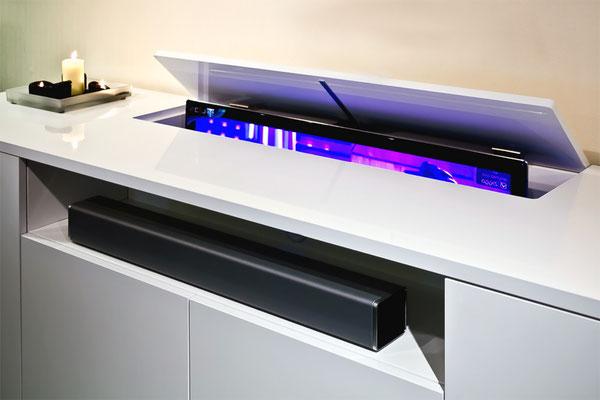 brengt de sfeer terug in huis. Met onze geavanceerde televisieliften laat u uw flatscreen uit het zicht verdwijnen als die niet wordt gebruikt.