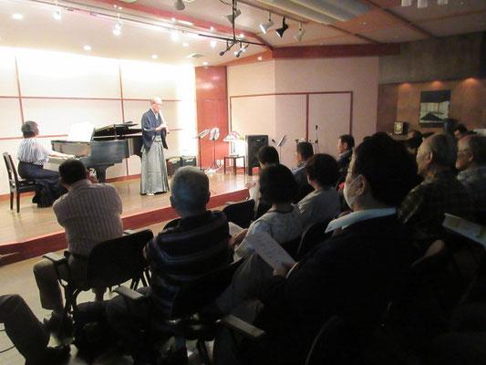 約80名のお客様を迎え、盛況な音楽会でした。