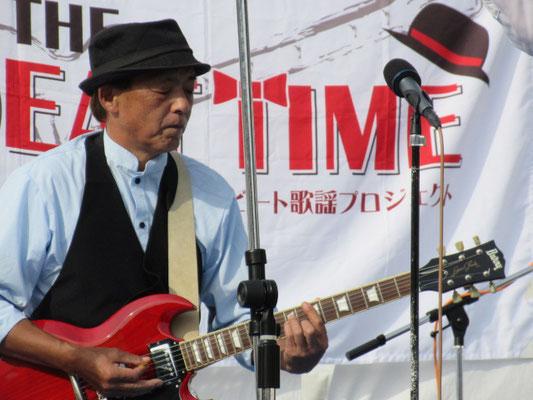 ギター歴50年、ヨッちゃんの昭和歌謡ショー。