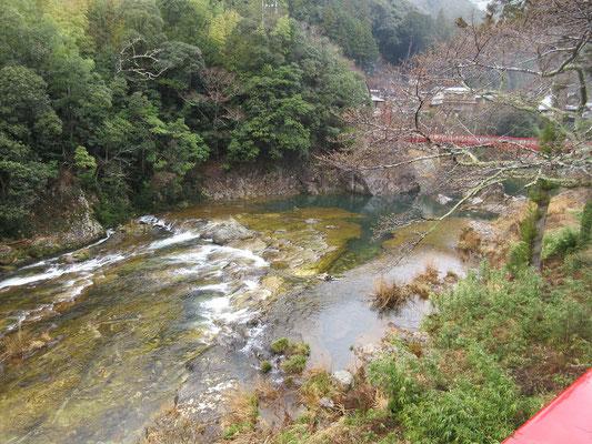 湯谷温泉は川の景色がすばらしい