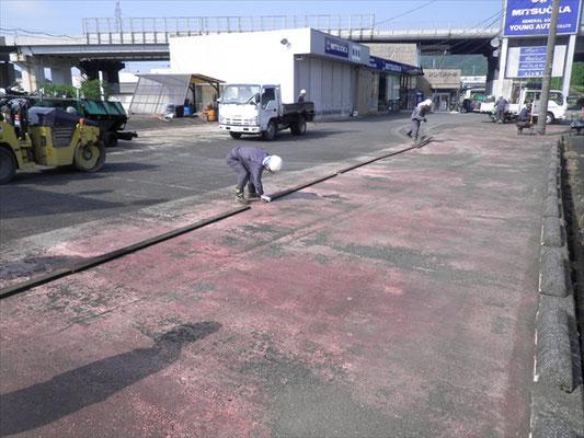 Y㈱様 駐車場舗装工事-1