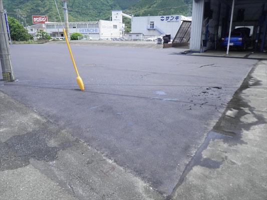 Y㈱様 駐車場舗装工事-4