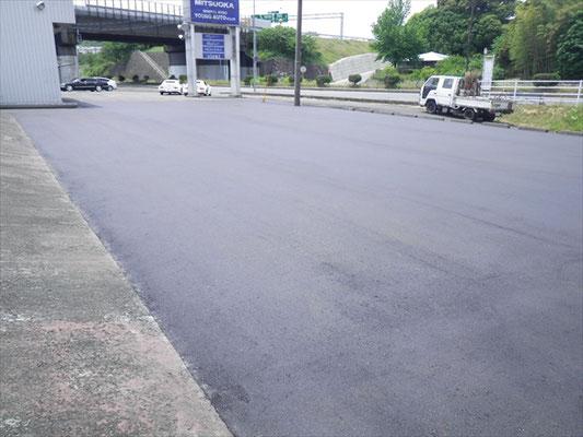 Y㈱様 駐車場舗装工事-5