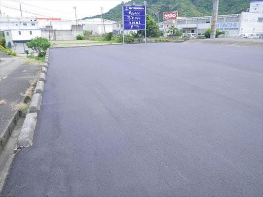 Y㈱様 駐車場舗装工事-3