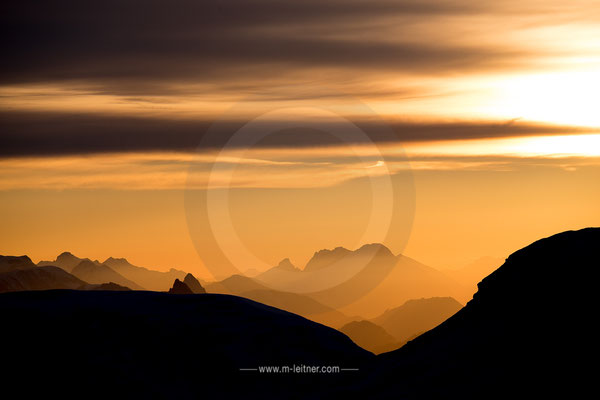sunrise krippenstein - picture ID  4482