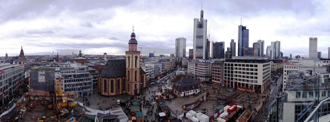 Frankfurt - Panorama by Ralf Mayer
