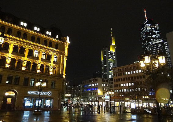 Frankfurt City-Life by Ralf Mayer