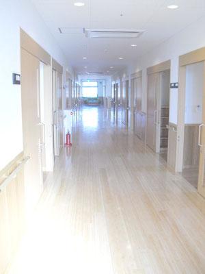 住宅階廊下