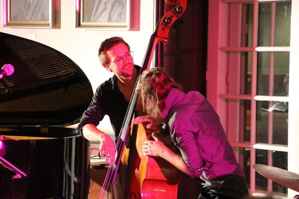 """2017 spielten die All Jazz Ambassadors aus Graz bei dem in Bad Gleichenberg etabierten Jazzfest """"Art Gleichenberg"""". Das Repertoire ist umfangreich und bietet Evergreens aus Swing, Dixieland und Bossa Nova"""