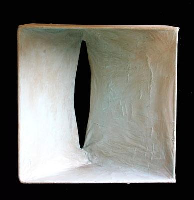 SCATOLA (omaggio a courbet) - acciaio, carta, resina - 45x50x21