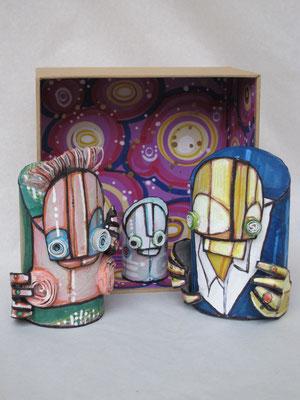 oresePOP2 (scultura da viaggio) - 2012 - imballaggi di recupero - 16x16x8