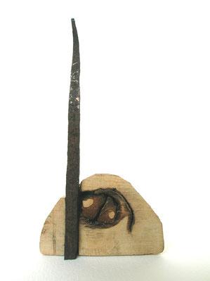 SCULTURA DA VIAGGIO - 2004 - legno, ferro - 12x10x7