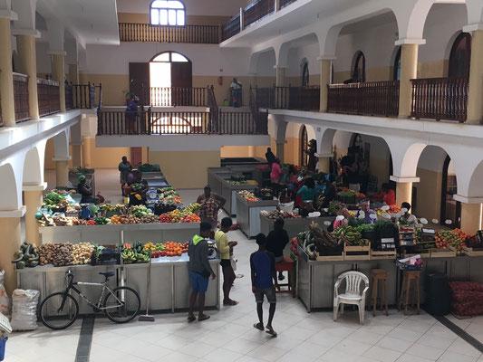 Mercado Municipal in Santa Maria. (C) Bubig & Neumann Kreativ-Verlag GbR.
